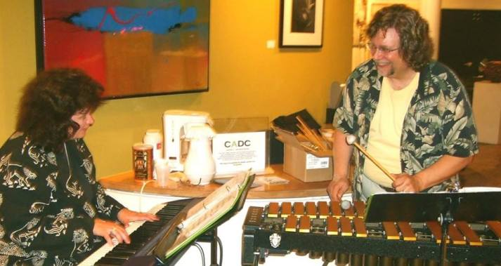"""Linda and Cary Dachtyl work together November 2 Keyboards with """"Soul Satyr"""", Roop Brothers Bar, 9:00 p.m.-1:00 a.m. Delaware, OH November 3 Piano/vibraphone duo, Natalie's Coal Fired Pizza, 12;00 noon-2;00 p.m. (brunch) Columbus, OH November 16 Hammond organ with """"Chip Willis and Friends"""", 10;00 p.m.-2:00 a.m., Canabar, Columbus, OH"""